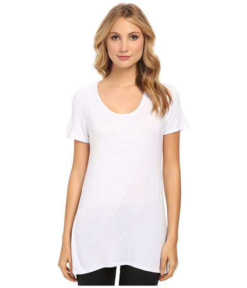 Culture Phit - Jewel Scoop Neck Top (White) Women's Short Sleeve Pullover