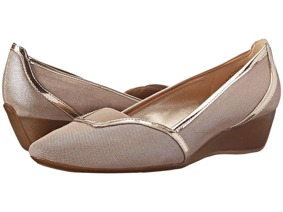 Circa Joan & David - Yevella (Mushroom Fabric) Women's Wedge Shoes