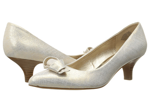 Circa Joan & David - Edlyn (Gold Fabric) Women