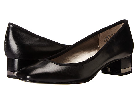 Circa Joan & David - Xerrace (Black Leather) Women's 1-2 inch heel Shoes