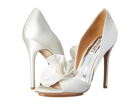 Badgley Mischka - Blossom (White Satin/Silk) High Heels