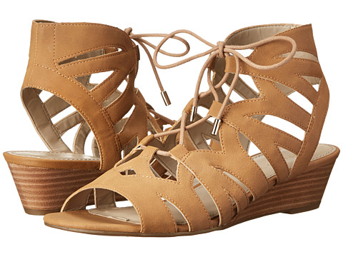 Franco Sarto - Upstart (Sand Nubuck Synthetic) Women