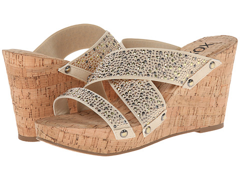 XOXO - Belicia Stud (Natural) Women's Shoes