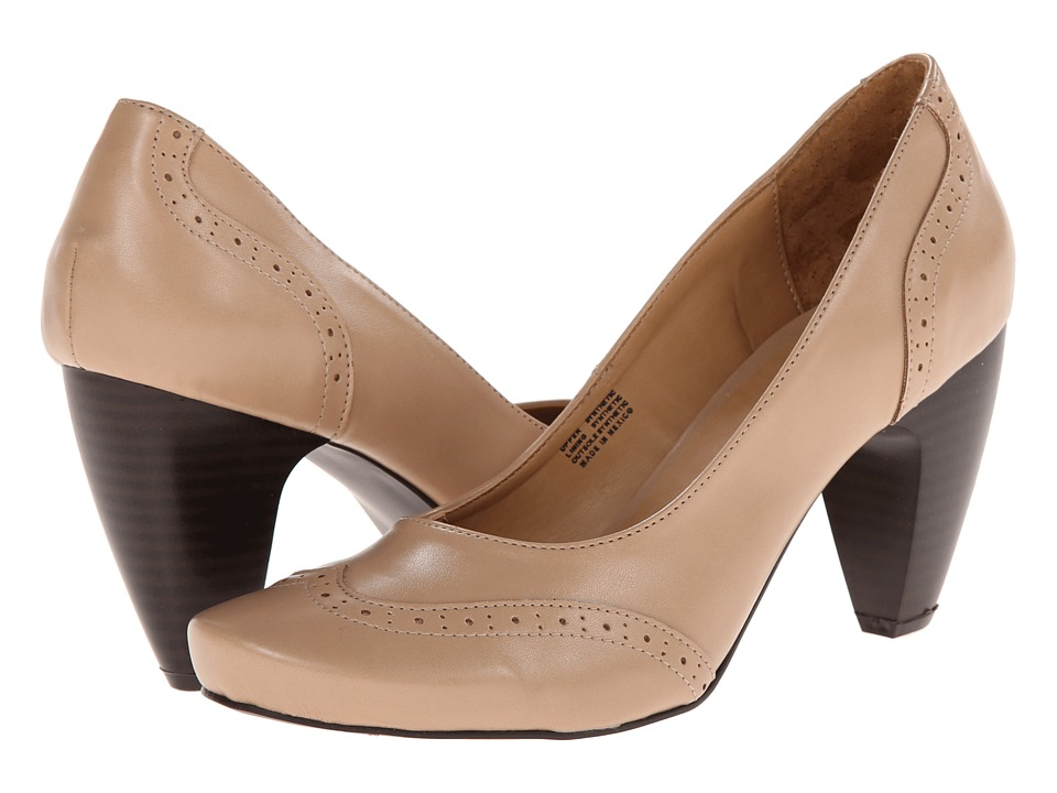 Gabriella Rocha Indy Pump (Blush Smooth) Women