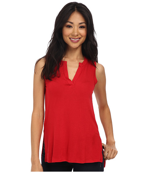 Three Dots - S/L Top w/ Side Slit Detail (Red Bloom) Women