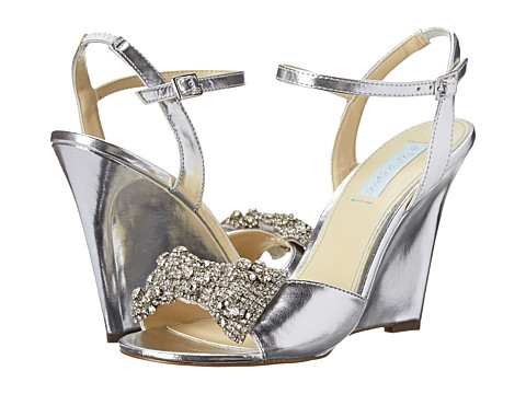 Blue by Betsey Johnson - Dress (Silver Metallic) Women's Wedge Shoes