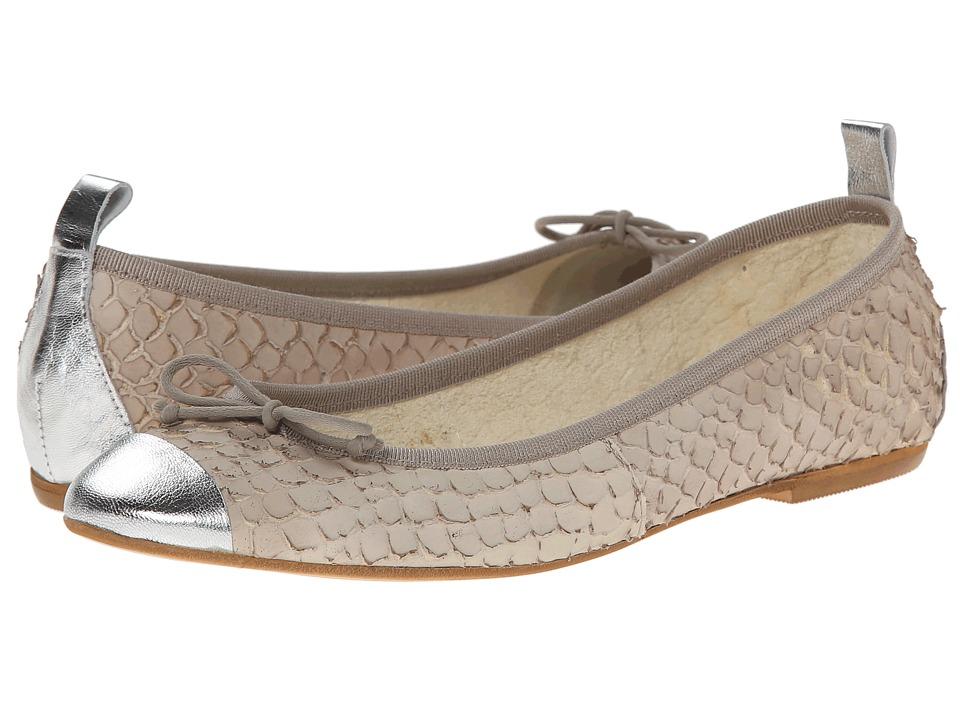 Patricia Green - Paris (Sand) Women's Slip on Shoes