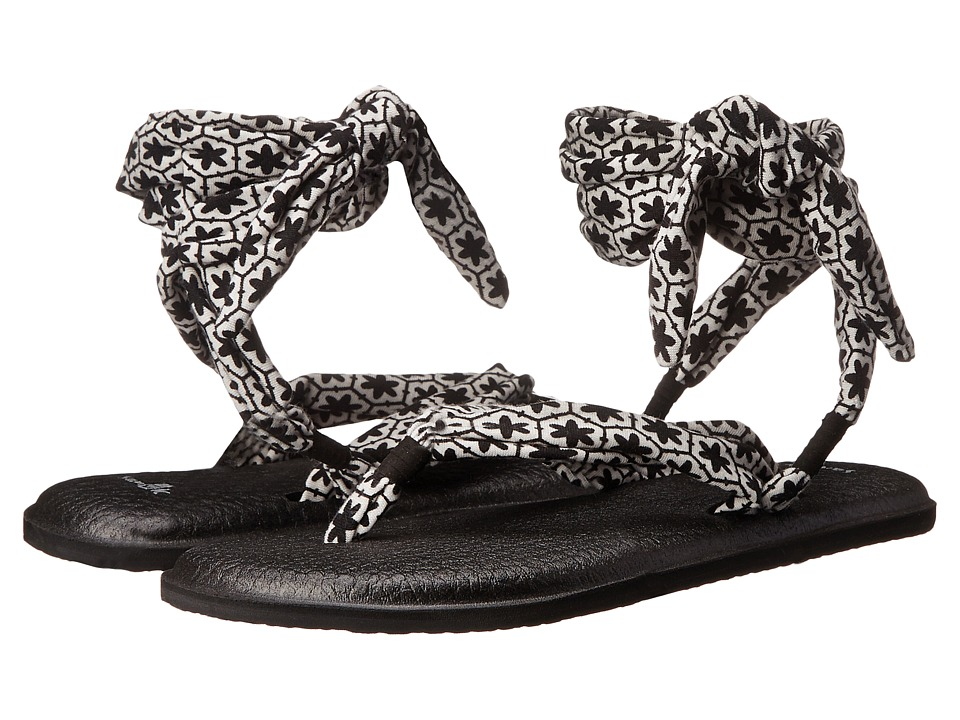 Sanuk - Yoga Slinged Up Prints (Black/White Tile) Women
