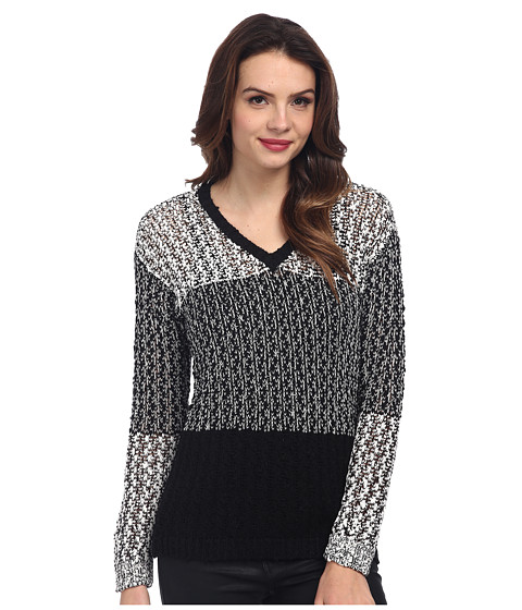 TWO by Vince Camuto - Color Block Stitch Interest V-Neck Pullover (Vanilla) Women