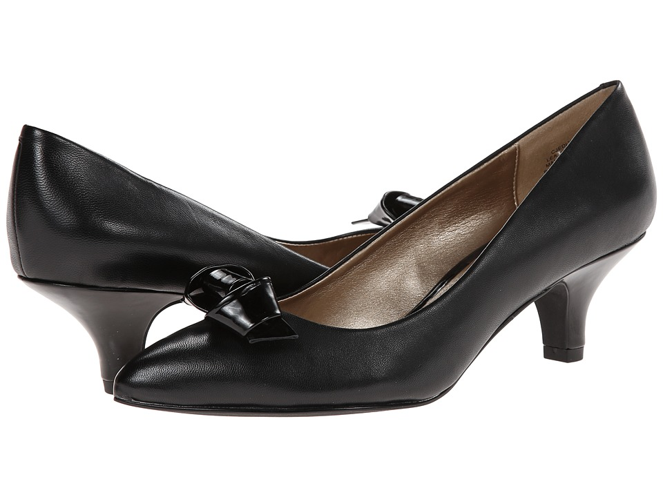 Circa Joan & David - Edlyn (Black/Black Leather) Women's 1-2 inch heel Shoes