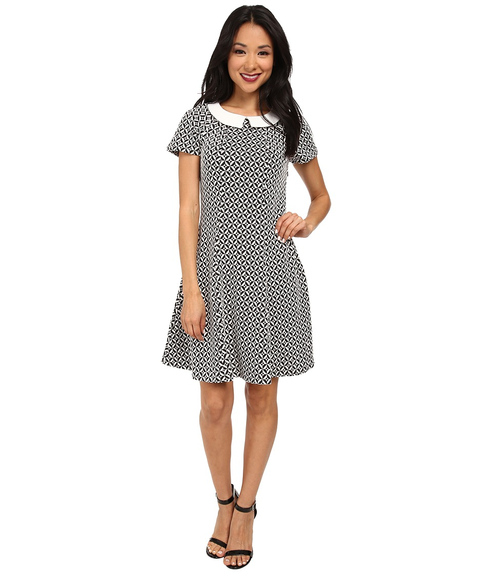 Yumi - Monochrome Collared Dress w/ Geo Jacquared Texture Pattern (Black) Women