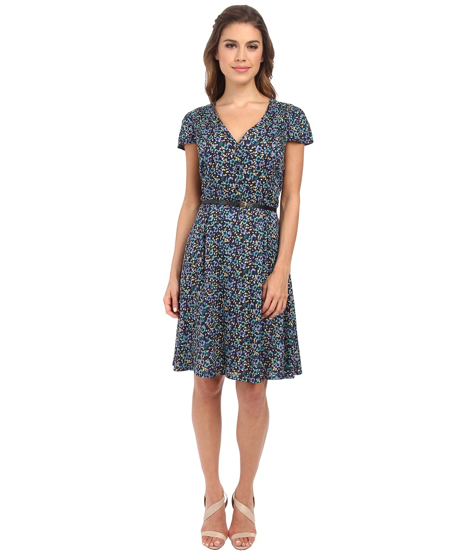 Yumi - Button Up Tea Dress In A Grunge Floral Print w/ Belt (Navy) Women