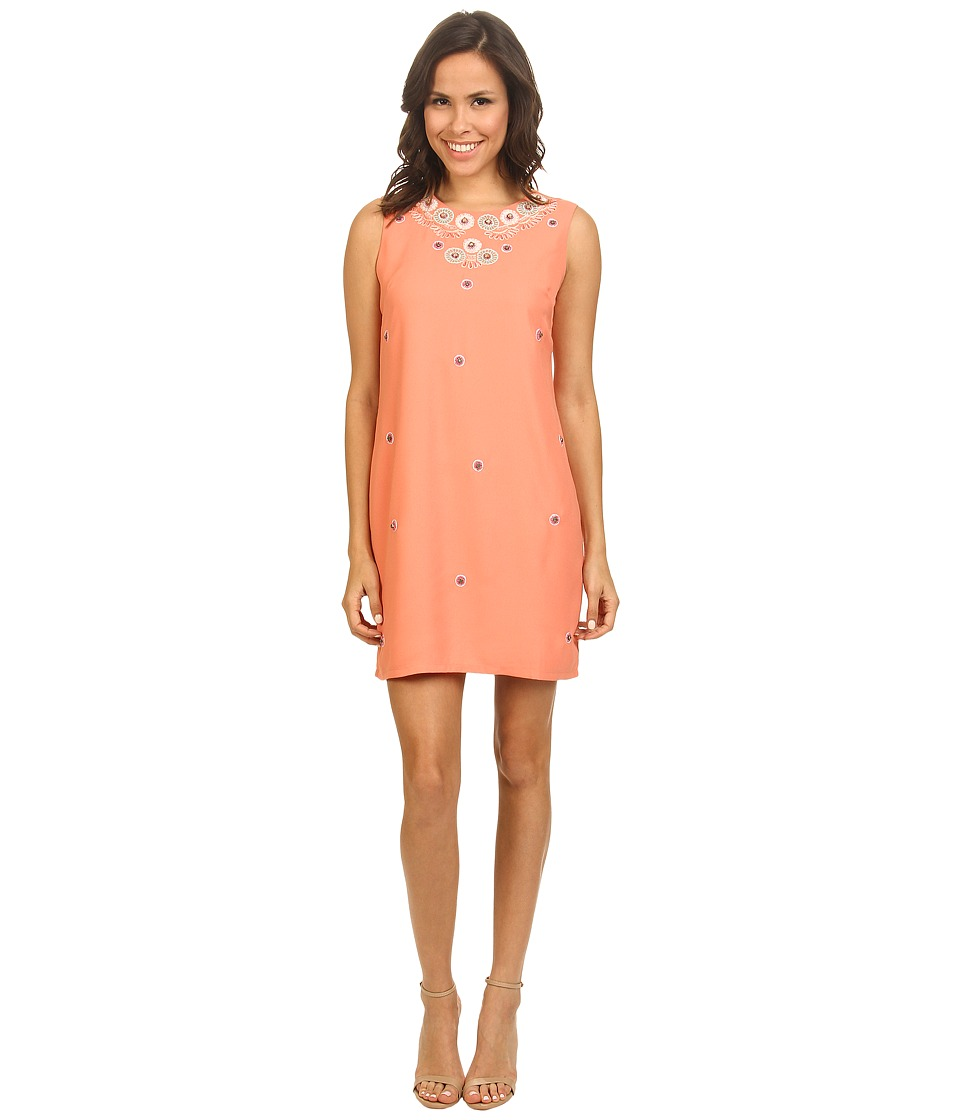 Yumi - Embellished Cut Out Shift Dress w/ Placed Applique On Neckline (Coral) Women's Dress
