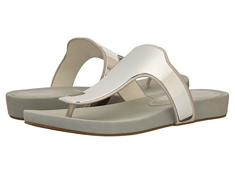 BCBGeneration - Triumph (White Veg Leather) Women's Sandals