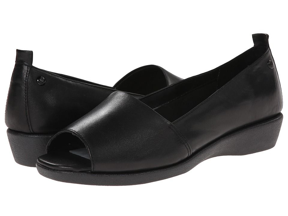 Hush Puppies - Petra Carlisle (Black Leather) Women's Sandals