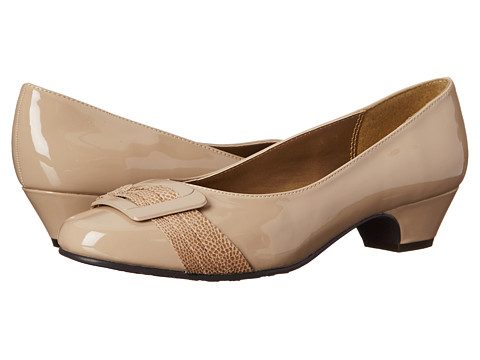 Soft Style - Pleats Be With You (Light Taupe Patent) Women's Slip on Shoes
