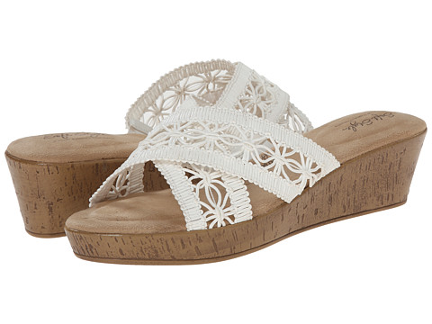 Soft Style - Jerilyn (White Macrame) Women's Wedge Shoes