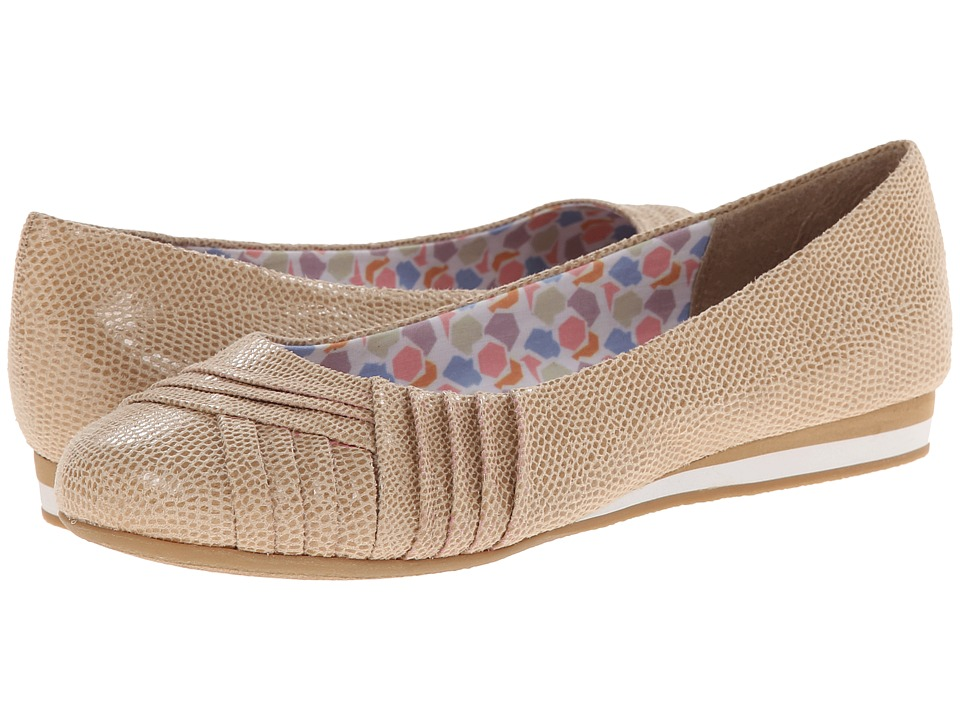 Soft Style - Corrie (New Taupe Lizard Fabric) Women