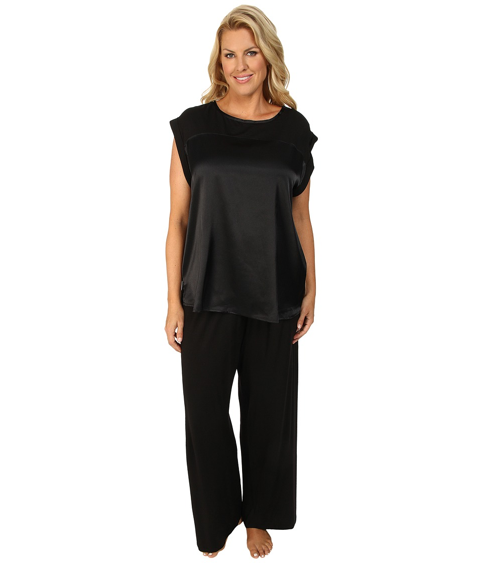 Midnight by Carole Hochman - Plus Size Simple Slumber Satin Front Pajama (Black) Women