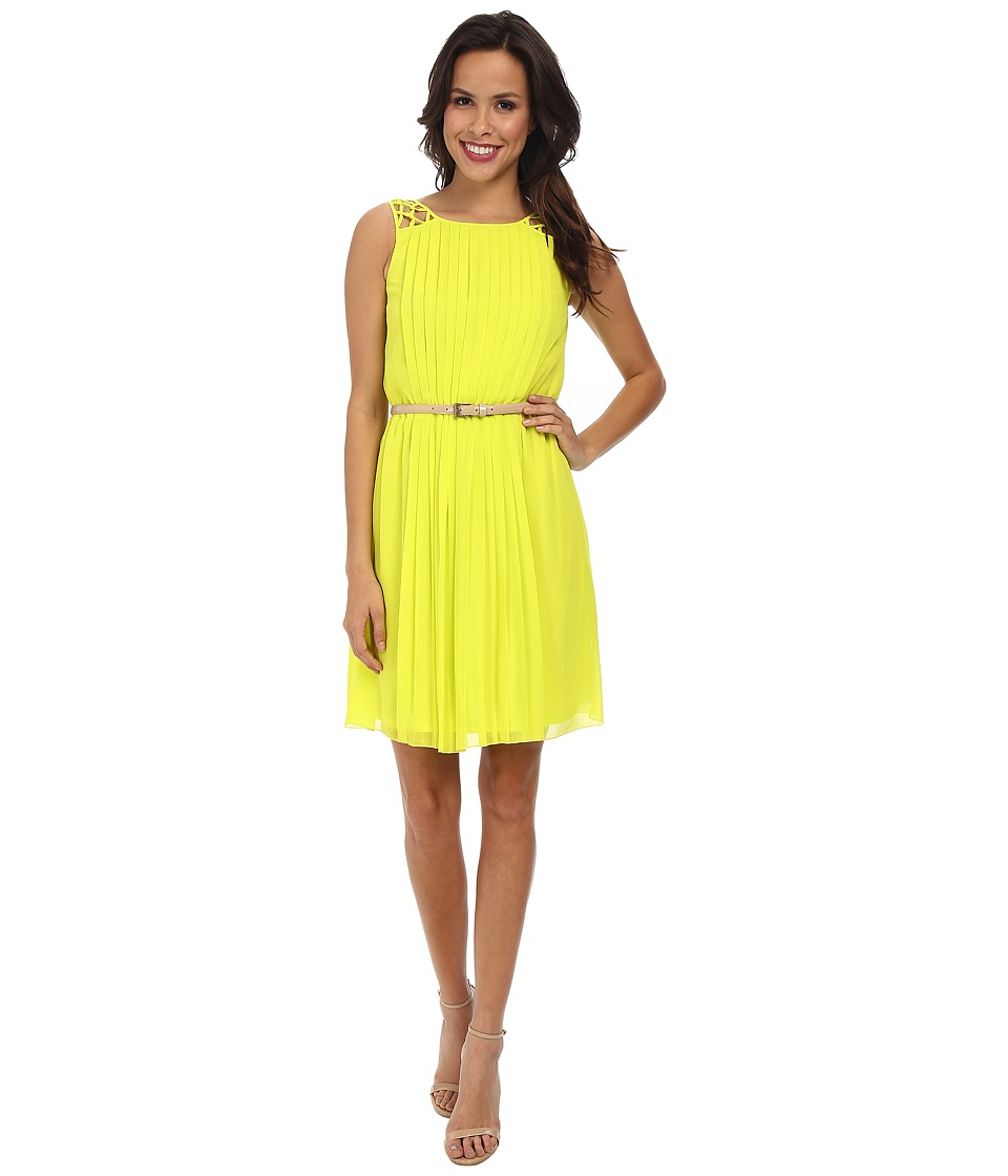 Jessica Simpson Sleeveless Pleated Dress w/ Deep V Back (Citronelle) Women
