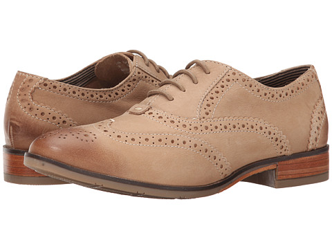 Hush Puppies - Ellodie Ellis (Light Tan Nubuck) Women's Lace Up Wing Tip Shoes