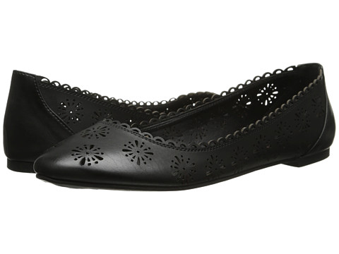 Pink & Pepper - Maizy (Black) Women's Flat Shoes