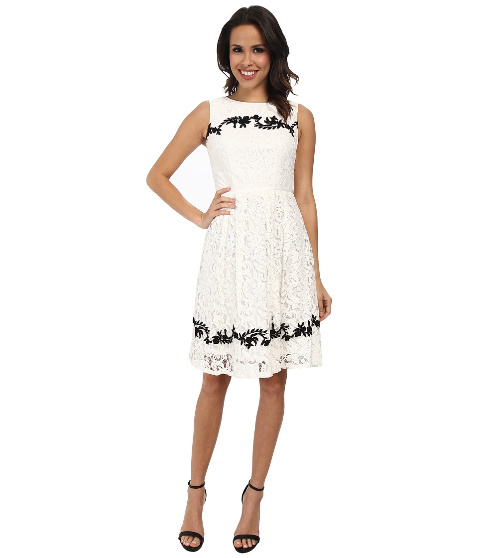 Adrianna Papell - Contrast Embriodered Applique Pleats (Ivory) Women's Dress