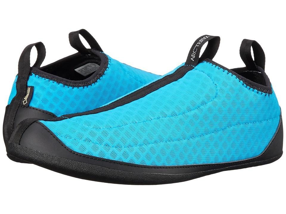 Arc'teryx - GORE-TEX(r) Low Liner (Big Surf) Men's Shoes