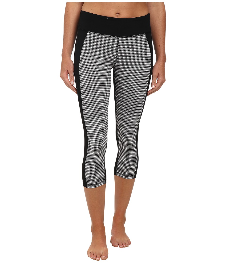 Zobha - Libby Gingham Fitted Capri (Black/Gingham) Women's Workout
