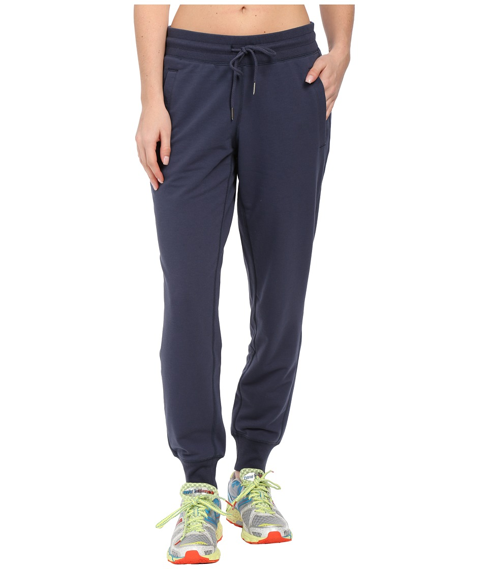 New Balance - Essentials Classic Sweatpant (Navy) Women's Casual Pants