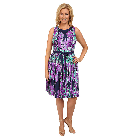 Adrianna Papell - Plus Size Photoreal Floral Placed Print Pleated Fit Flare (Navy Multi) Women's Dress