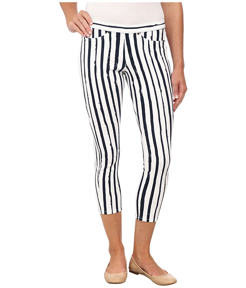 HUE - Stripe Printed Original Jeans Capri (Nearly Navy) Women's Capri