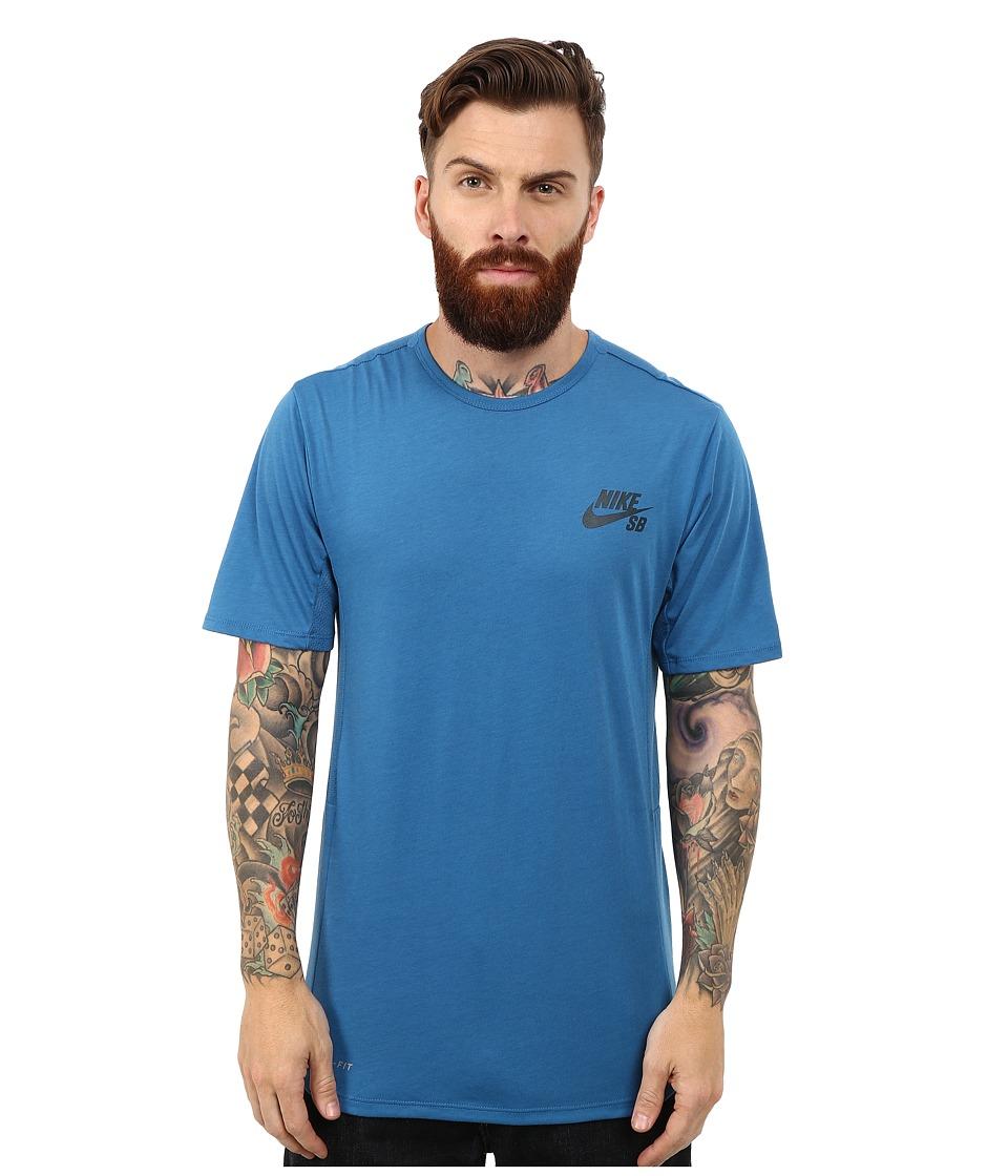 Nike SB - SB Skyline Dri-Fit Short Sleeve Crew (Brigade Blue/Midnight Teal) Men's Short Sleeve Pullover