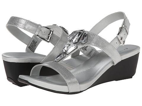 Bandolino - Hopton (Silver Synthetic) Women