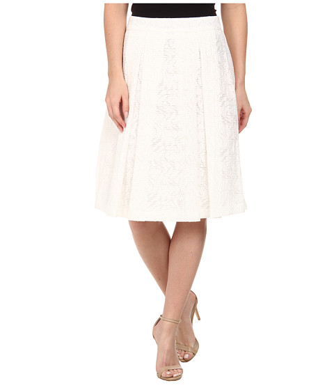 Vince Camuto - Knee-Length A-Line Skirt w/ Front Pleats (New Ivory) Women