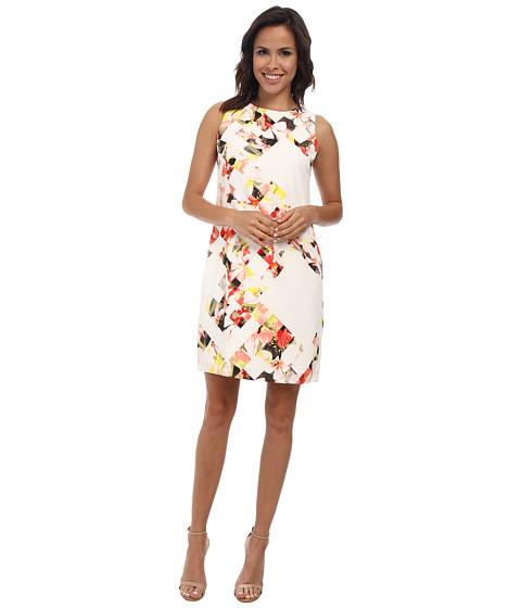 Vince Camuto - Sleeveless Broken Photo Floral Shift Dress (Taffy Pink) Women's Dress