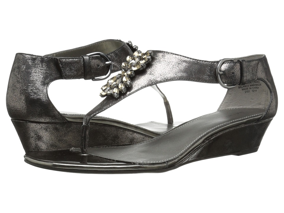 Bandolino Platana (Dark Pewter Synthetic) Women