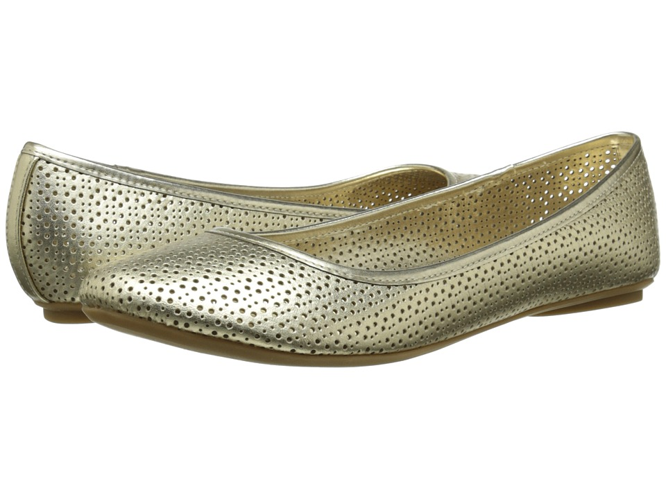 Kenneth Cole Reaction - Slip Gloss 3 (Gold) Women's Flat Shoes