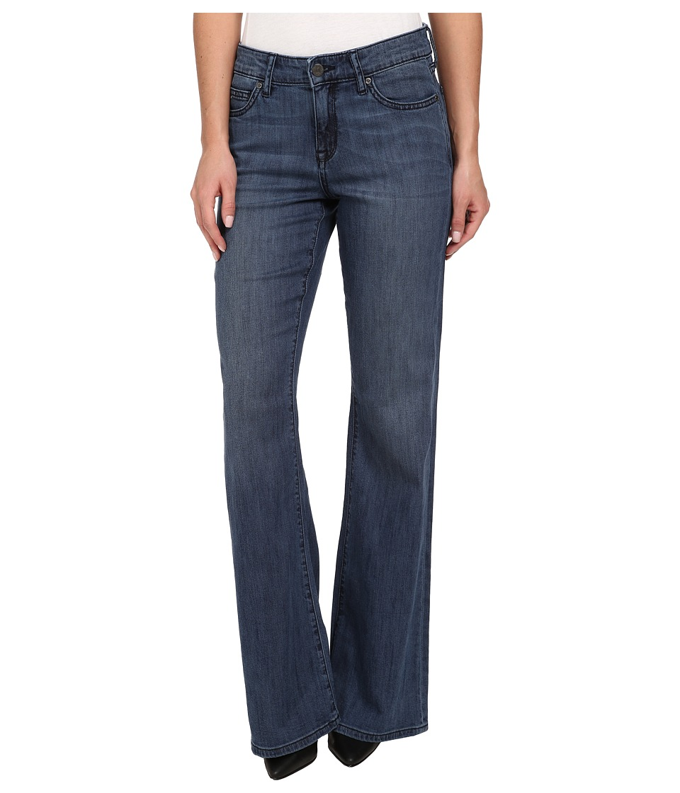 CJ by Cookie Johnson - Restoration Relaxed Flare in Fleetwood (Fleetwood) Women's Jeans