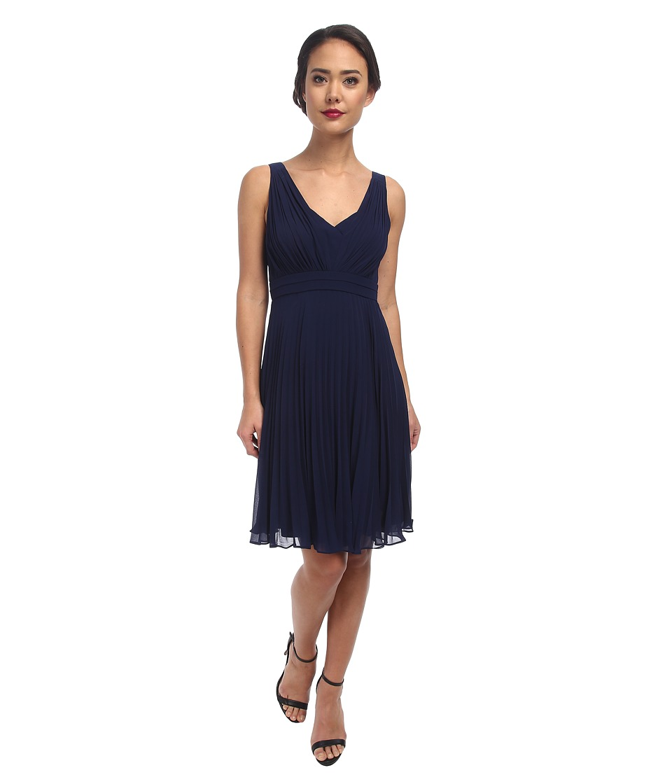 Donna Morgan - Greta Short Pleated Chiffon (Midnight) Women's Dress