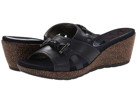 Circa Joan & David - Pence (Navy Leather) Women's Sandals