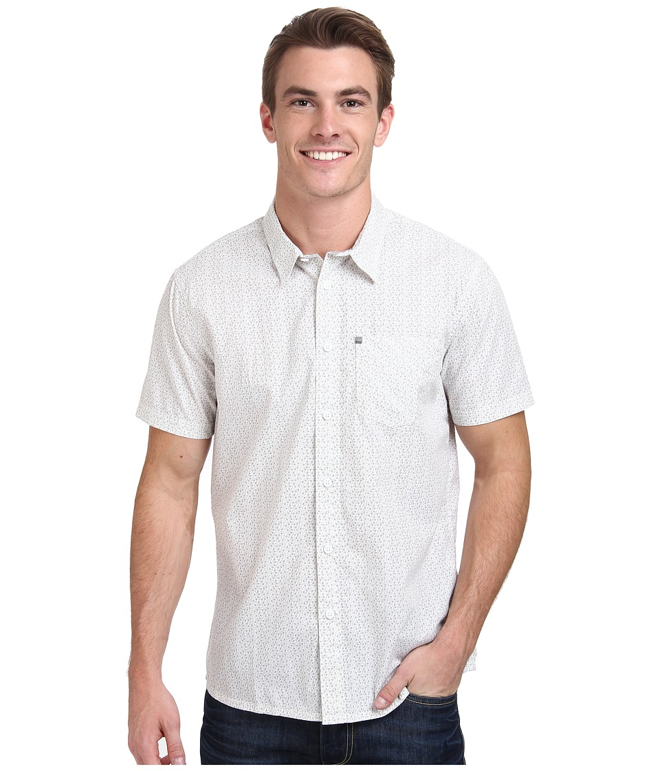 Bench - Rapson C Short Sleeve Regular (Bright White) Men's Long Sleeve Button Up