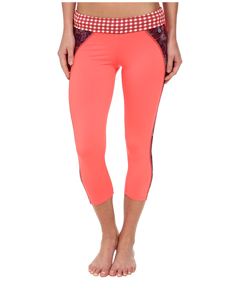 Maaji - Marzipan Wheel Capri (Multicolor) Women's Casual Pants