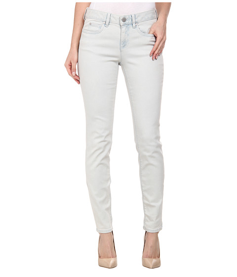 TWO by Vince Camuto - Classic Five-Pocket Skinny Ankle Jeans in Bleached Blue (Bleached Blue) Women