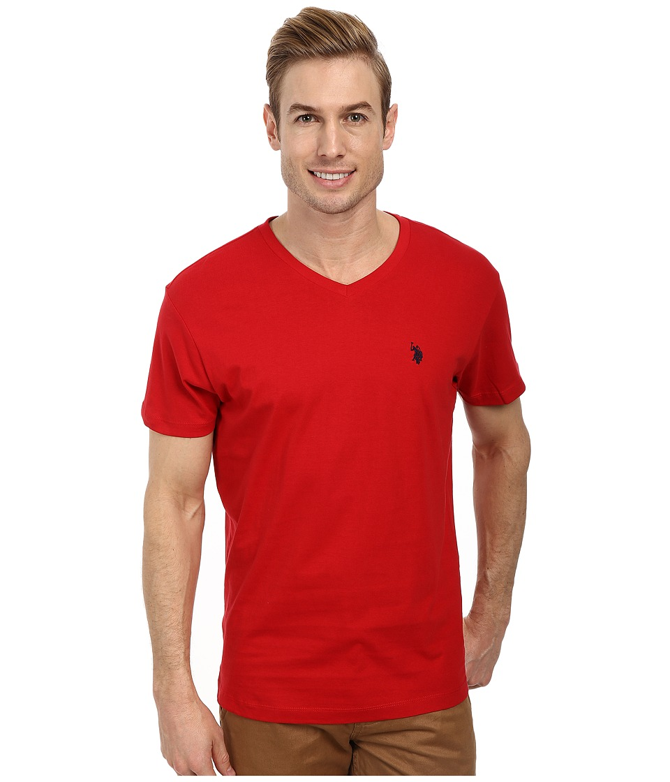 U.S. POLO ASSN. - V-Neck Short Sleeve T-Shirt (Engine Red) Men's Short Sleeve Pullover