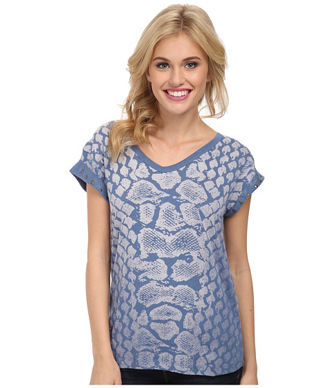 Cruel - Printed Cotton-Modal V-Neck Boyfriend Fit with Studs (Blue) Women's Short Sleeve Pullover