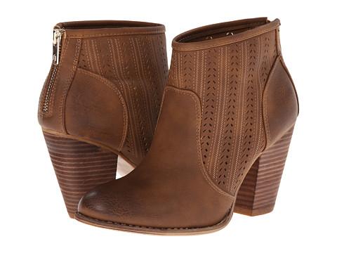 Call it SPRING - Borgomaro (Cognac) Women's Pull-on Boots