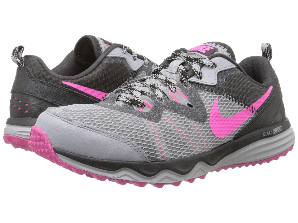 Nike - Dual Fusion Trail (Wolf Grey/Anthracite/Black/Pink Pow) Women