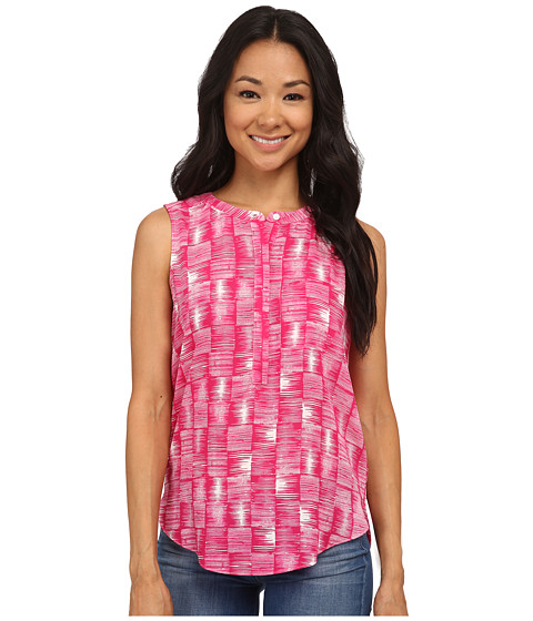 NYDJ Petite - Petite Key Item Sleeveless Pleat Back Blouse (Pink Berry Etched Tile) Women