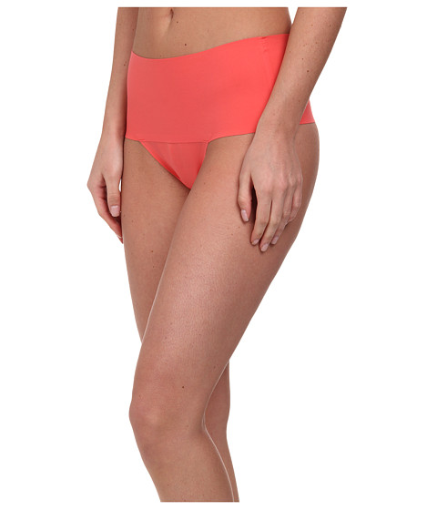 Spanx - Undie-tectable Thong (Passion Fruit) Women's Underwear